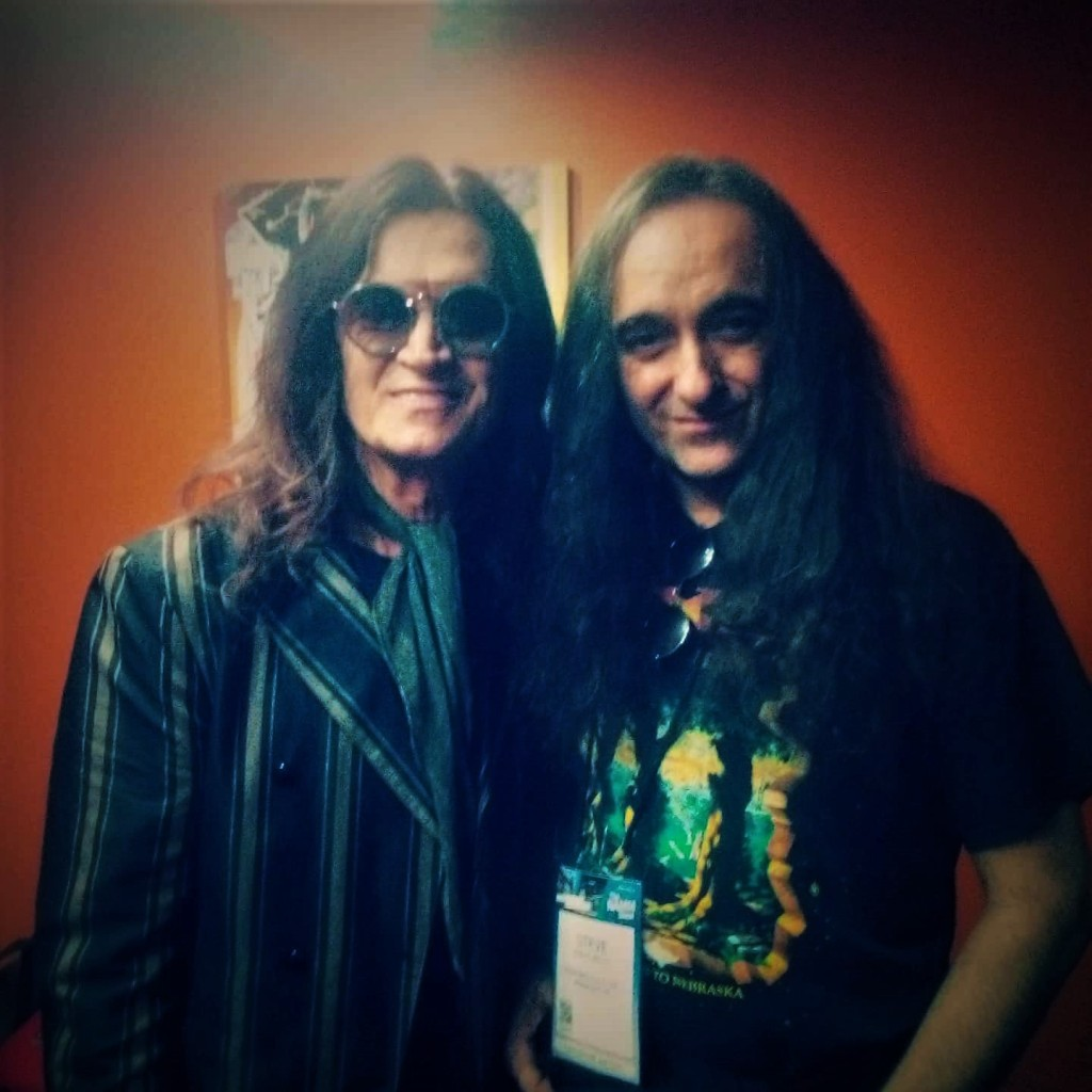 You may swoon now...that is Glenn Hughes in the flesh.
